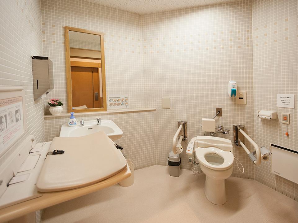 障がい者用トイレ設置